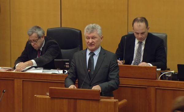 Prijedlog Zakona o izmjenama i dopunama Zakona o državnim službenicima