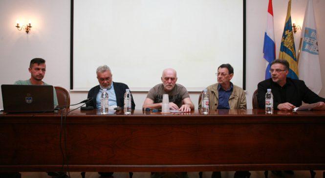 """Tribina u Gradskoj vijećnici: """"Negativni demografski trendovi prijetnja Hrvatskoj"""""""