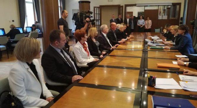 Hrvatska demokršćanska stranka predala listu za eu izbore