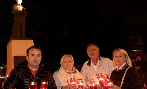 Članovi HDS-a iz Splita odali počast svim poginulim braniteljima i žrtvama